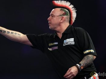 Gary Anderson to go on front foot for Peter Wright