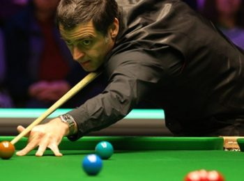 Ronnie O'Sullivan and Robertson Book Spots In Last-Eight Of the World Championship