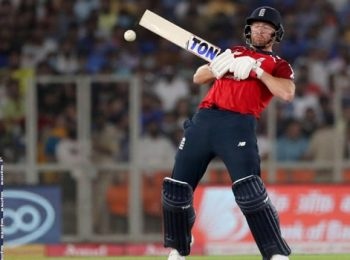 England Loses First ODI To India
